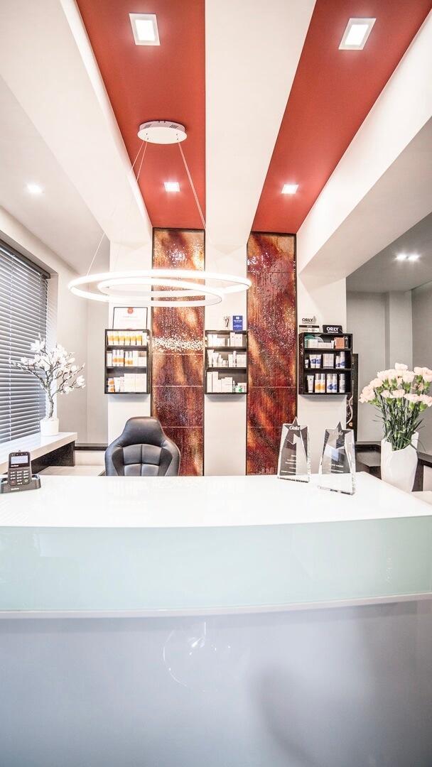 Galeria - Wnętrze ESTHE Instytut Nowoczesnej Kosmetyki w Lublinie - recepcja 2