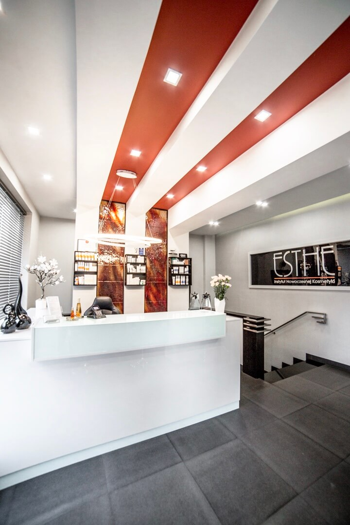 Galeria - Wnętrze ESTHE Instytut Nowoczesnej Kosmetyki w Lublinie - recepcja 3