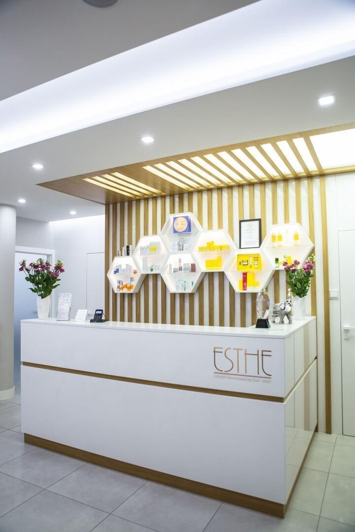 Galeria - Wnętrze ESTHE Instytut Nowoczesnej Kosmetyki w Lublinie - recepcja 4
