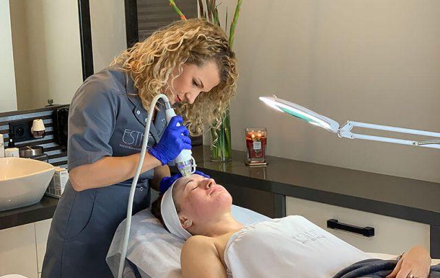 Kosmetyka twarzy, modelowanie ciała - Radiofrekwencja (RF) frakcyjna mikroigłowa - gabinet kosmetyczny Esthe wLublinie